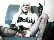 Kalina Orgulhoso ser uma vagabunda Kinky fumar