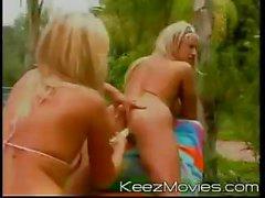 Gerzeklik Blondes 04 - Sahne 10