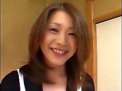 Een gehoorzame dienstmeisje is 38