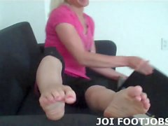 I know all about your secret footjob fetish