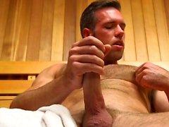 Muscle dildo gay com Ejaculação