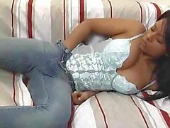 Ebony Eye Candy Solo masturbatie
