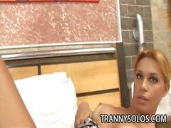 Andreia Мела - Стройные Транссексуалы Wanking Infront снятого камерой