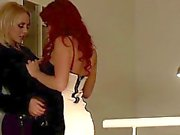 Tettona italiana sex in public