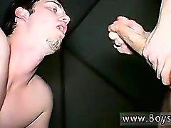 Garoto sexo adolescente você pornô gay Piss chugging banheiro twink Kaleb S
