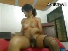 Latino Transexual puta En el de hotel