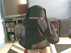 musulmane qui le de voile leve