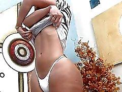 Heißen TS Gabriela Ferrari fickt ihren boylet