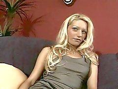 Гидромассажная анального кастинг за амбициозный блондинка