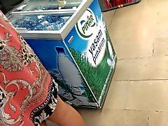 do upskirt Turquia na supermercado