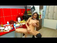 Erotik Show von der Dienstmädchen