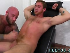 Pés gays italianos xxx Connor Maguire Jerked & Tickle d