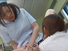 Футанари медсестра и школьницы терпение