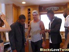 Vier schwarze Kerle, ein Arsch