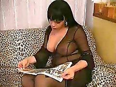 brunette großen Titten und Schwanz