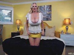 Грудастая жены Келли Мэдисона Titty трахается Cock и глотают кончина