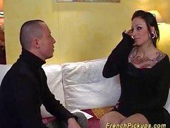 yuvarlak eşek dövme Fransız Milf becerdin