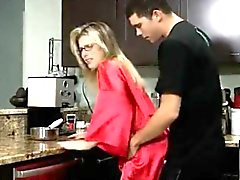 mom,kitchen,really,mother,anal
