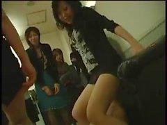 Orgia di si manifesta con eccitati Asian Girls