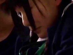 Tre ragazzi emo cornea che hanno qualche sesso di gruppo