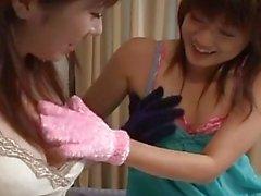 Innozenz jugendlich japanisches Unmündigen Reinigung daddys behaart Schwanz