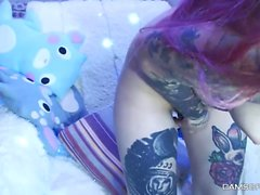 Lustful Tattooed Teen Does Great Show