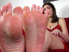 Stinkende lange Zehen, stinkige Sohlen