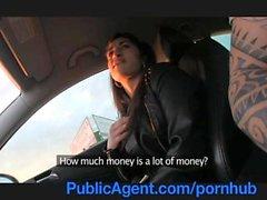PublicAgent Любитель Азиатская анальный секс свежем воздухе на автомобиль
