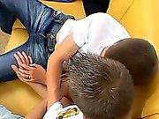Bög videon Han ha sex med sig stenhårda samt djup bankar away på nr L