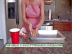 Alexa Loren rondborstige prachtige brunette vrouw knipperen tieten en kont