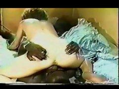 Busty Vintage Pornstar liebt großen Schwanz