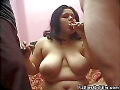 BBW In The Middle sucking and fucking