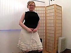 Jessica ist ein leicht BBW sexi-a-liscous blonde Nymphe, die