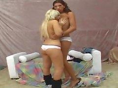 Сексуальная блондинка Отстой Cock Транссексуалы