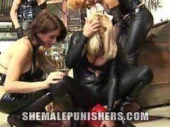 Adriana , Gabrielly , Paola und Walkiria Angriffs dieser Slave bei