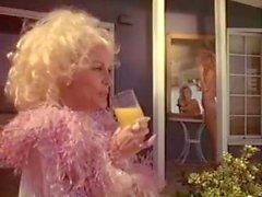 Kristara Barrington Älskling mer wilder Herschel Vild av vintage fan klipp