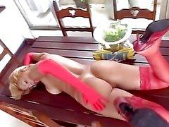 Kelly vs Justin Slayer - Menina Latina Booty Batalha 2