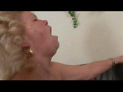 Effie - sexe lesbienne mamie