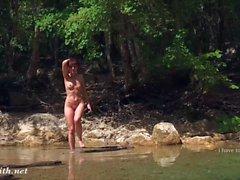 Seilspringen nackt frauen die Dicke Frauen