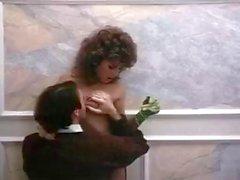 Barbara Dare Ronnie Dickson Mike Horner em putas de pornô dos anos 70 fodido com galo carnudo