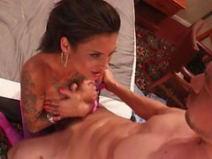 Bonnie shows what is squirting
