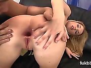 Spicy centerfold gapes her honey pot and loves hardcore fuck