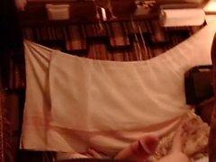 MILF amatoriale in lingerie equitazione gallo