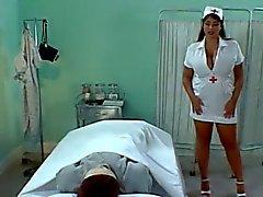 Enfermera de británica Chicas Olied Tito Hacerse una paja y El Pecho