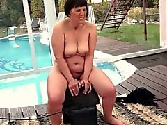Freaks of Nature 195 Chubby Mémé Manèges Sybian