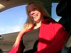 Amateur блондинки Бейб подобраны и утрамбовывали