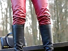 Vagabunda de salto alto e botas