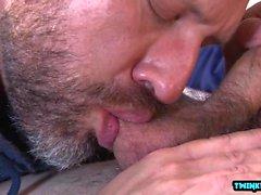Big Dick Sohn Oralsex und Cumshot