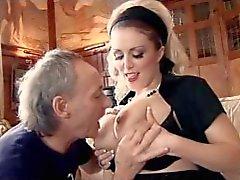 Britânico vagabunda Rebecca fodido enquanto grávida