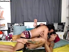 Lesbian Eve Angel leckt große Brüste
